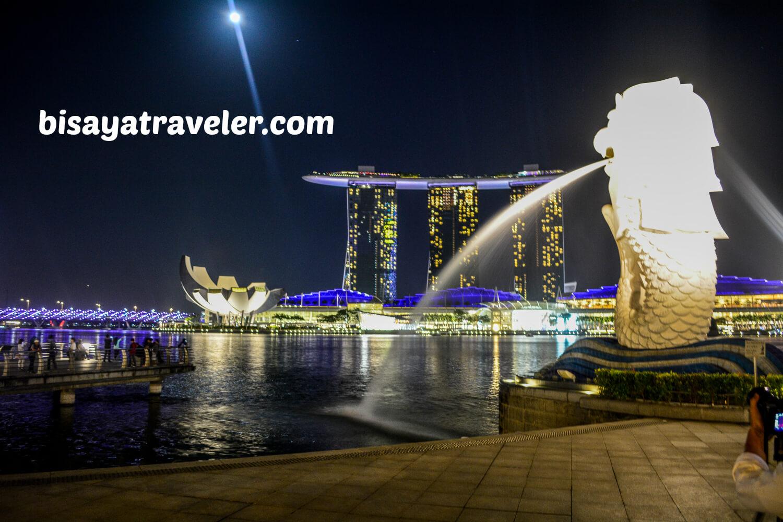 Exploring Singapore At Night Alone