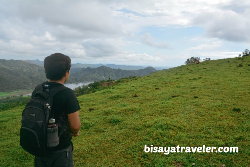 Mount Tagaytay: A Picture-Perfect Peak With Awe-Inspiring Panoramas