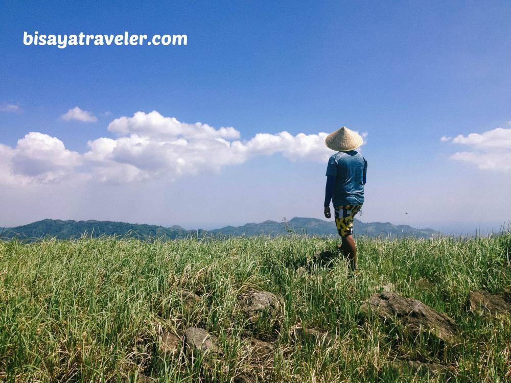 Balirong To Lamac Traverse: Uncovering Naga, Cebu's Unseen Natural Beauty