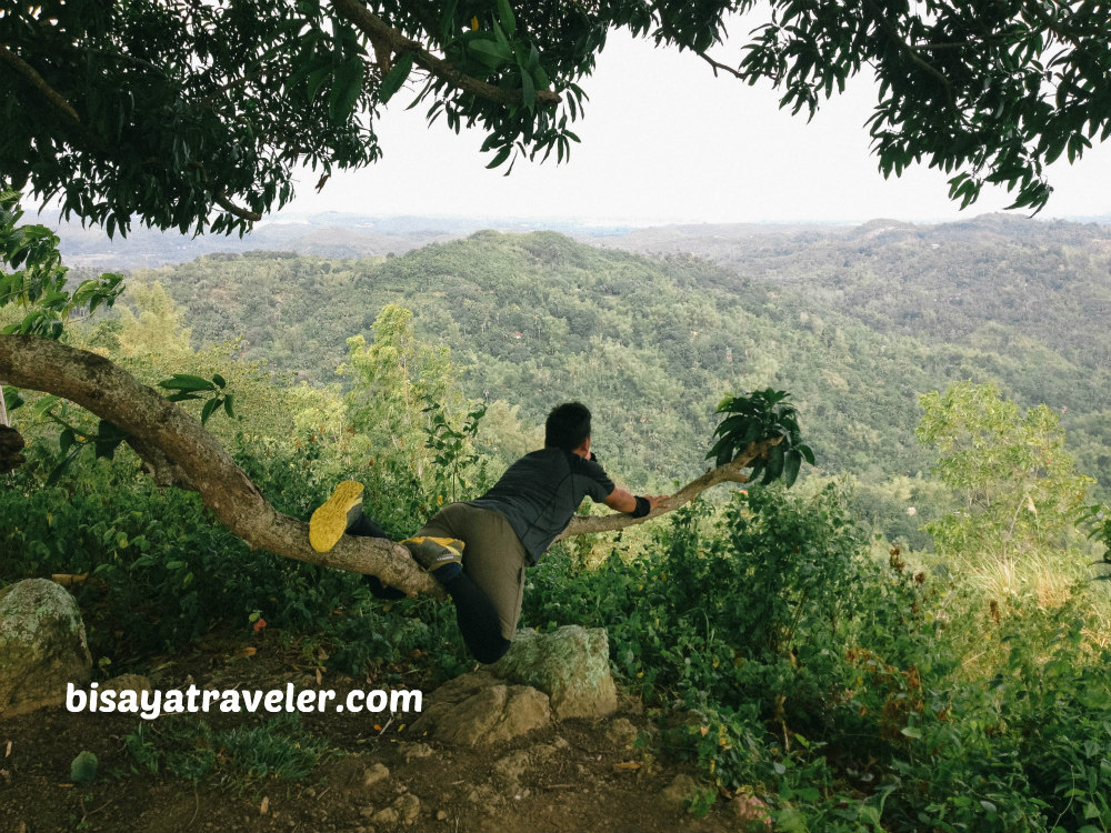 Tabla Mountain View: How Exploring Unlocks Your Hiker's Compass