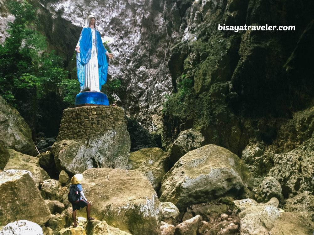 Lapos Lapos Cave